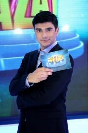 """Târgocneanul Alexandru Bogdan va prezenta din această toamnă emisiunea """"Fii pe fază"""""""