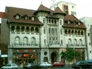 """Zilele porţilor deschise la Teatrul Municipal """"Bacovia"""" - un maraton teatral de excepţie."""